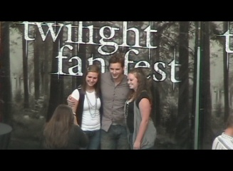 Peter Facinelli Visits Pittsburgh