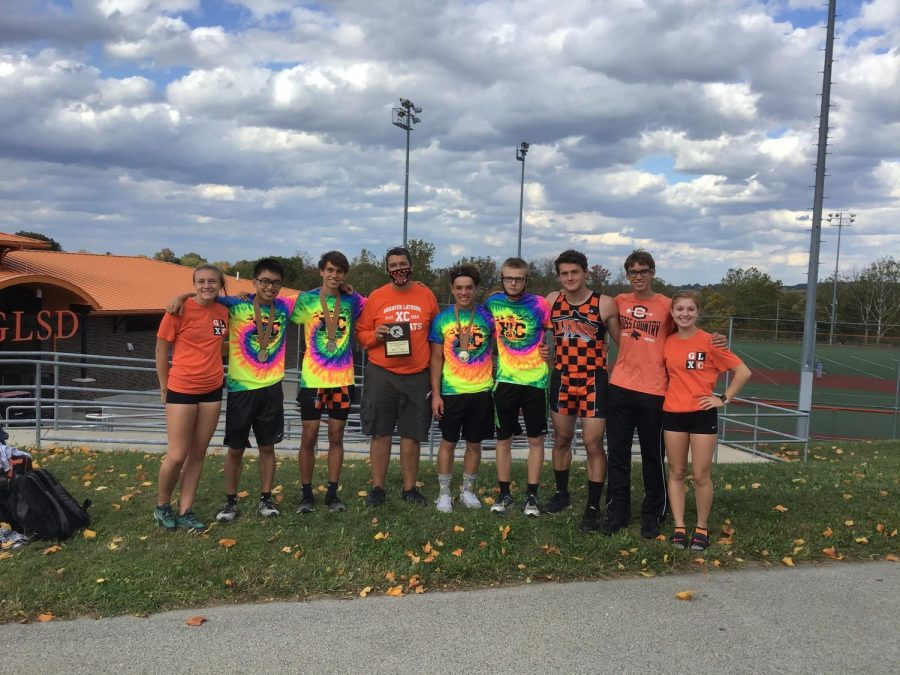 On Thursday, October 15, 2020 the Latrobe boys cross country team brought home the second place plaque from the Westmoreland County Cross Country Championship meet that took place at the Westmoreland County Community College. The boys missed the big win by one point with a score of 48-49 to Greensburg Salem. Unfortunately, the previous week, the boys lost their section meet to Greensburg Salem. This took away their chance to tie the section with Greensburg. The boys were very much hoping to take a win at the county meet, but again missed the mark. Although this time the score was much closer. Drew Kozuch, Dante Frescura, Joseph Hill, Matthew McCreery, David An, Koen Fulton, and  Justin Carlson rounded out the top seven. The boys were successful as all seven of them came in the top 24 earning them a bright, neon medalist t-shirt. The top five boys finished in the top 20, earning them some hardwear, a medal. At the end of the day, the boys were happy with the win after many years of not being in the running. Their hard work was not yet over, as the boys headed to Tri-states and then on to WPIALS in the next weeks.