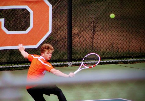 Boys Tennis Falls to Franklin